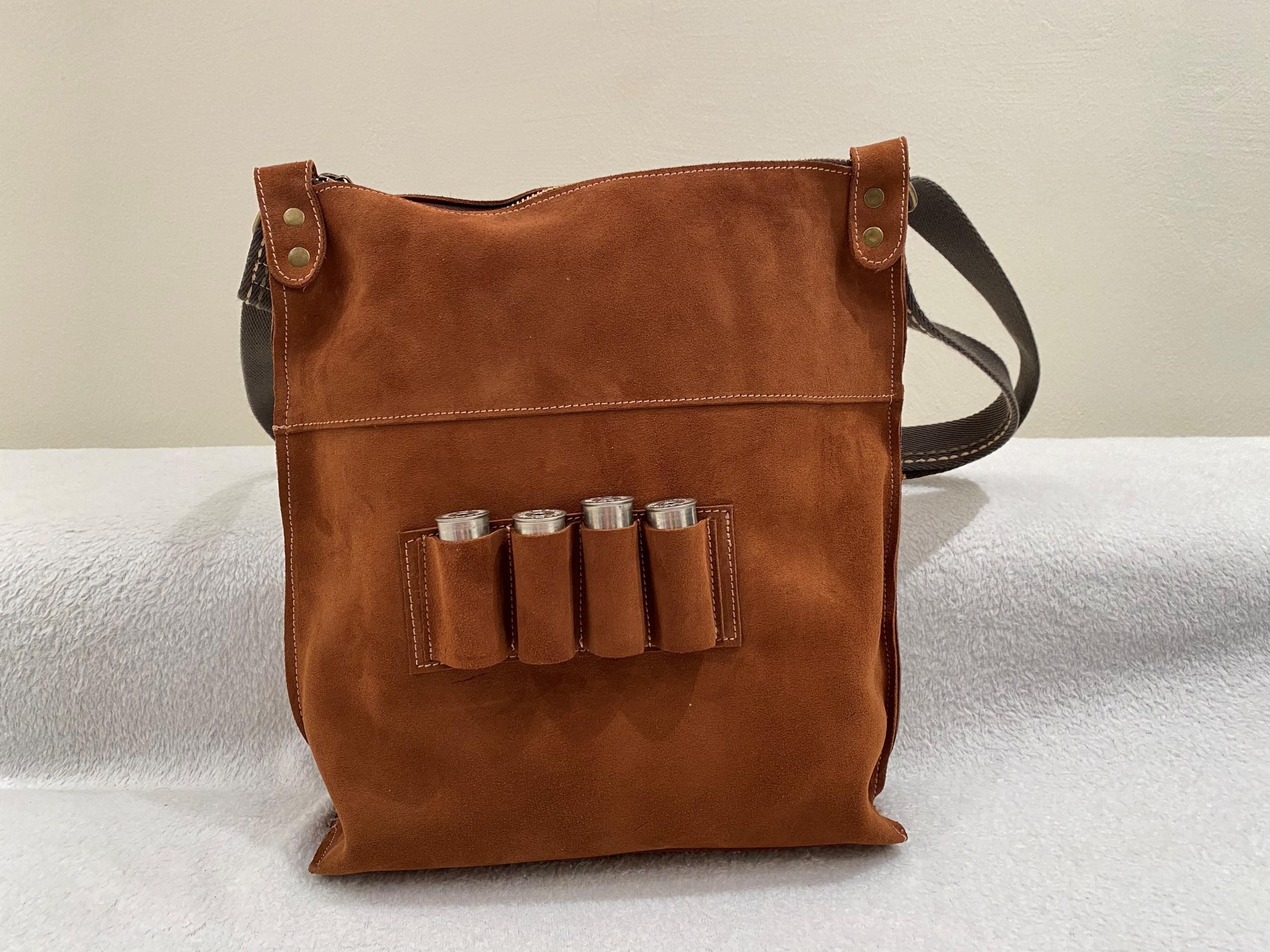 Bolsa de caza con piel serraje marron